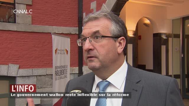 Pierre Yves Jeholet défend la réforme