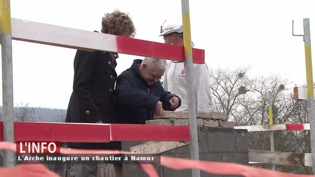 Les bénéficiaires de l'Arche Namur posent leurs premières pierres