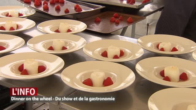 Dinner on the wheel: entre show et gastronomie