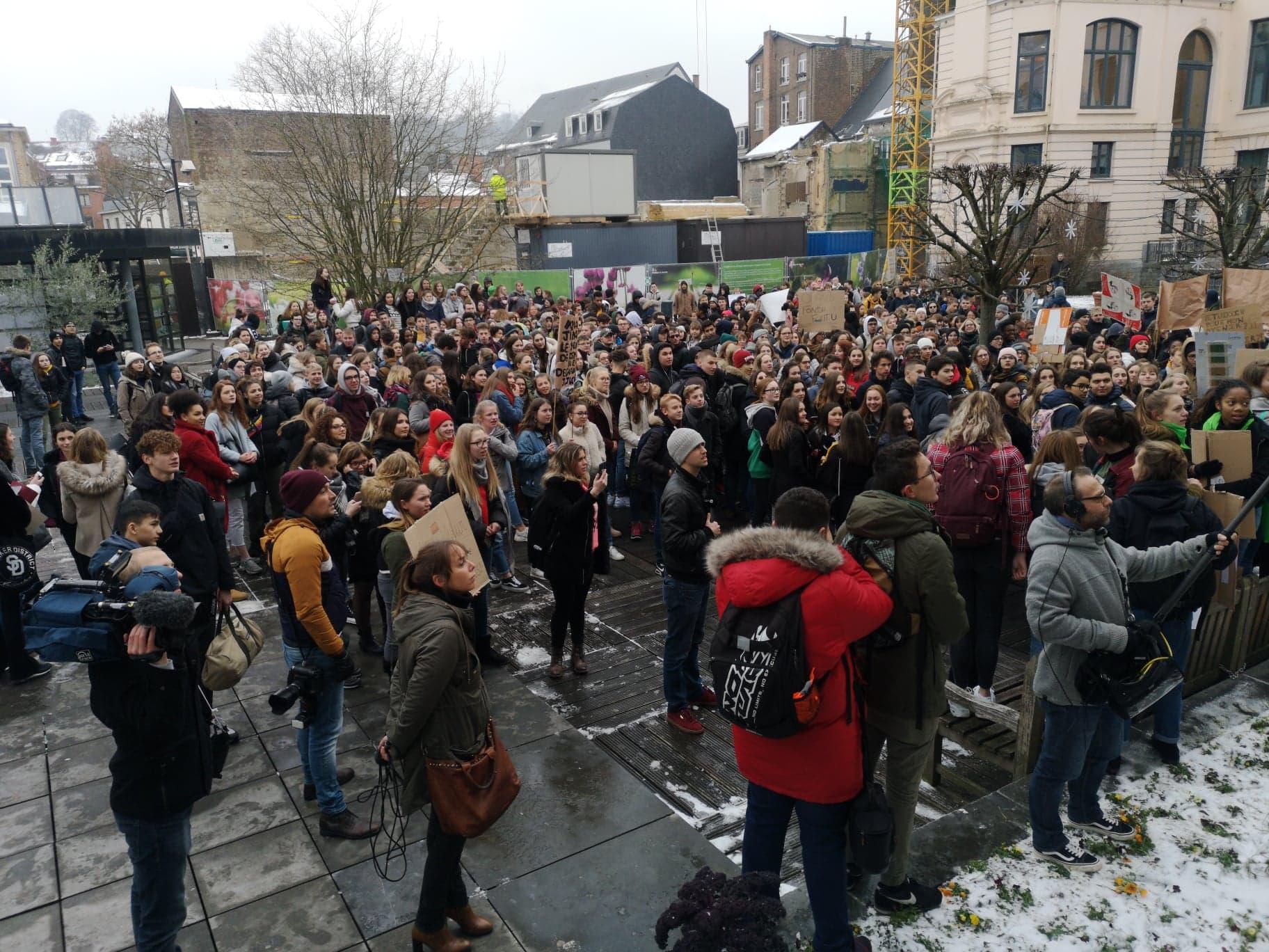 Manifestation pour le climat dans les rues de Namur