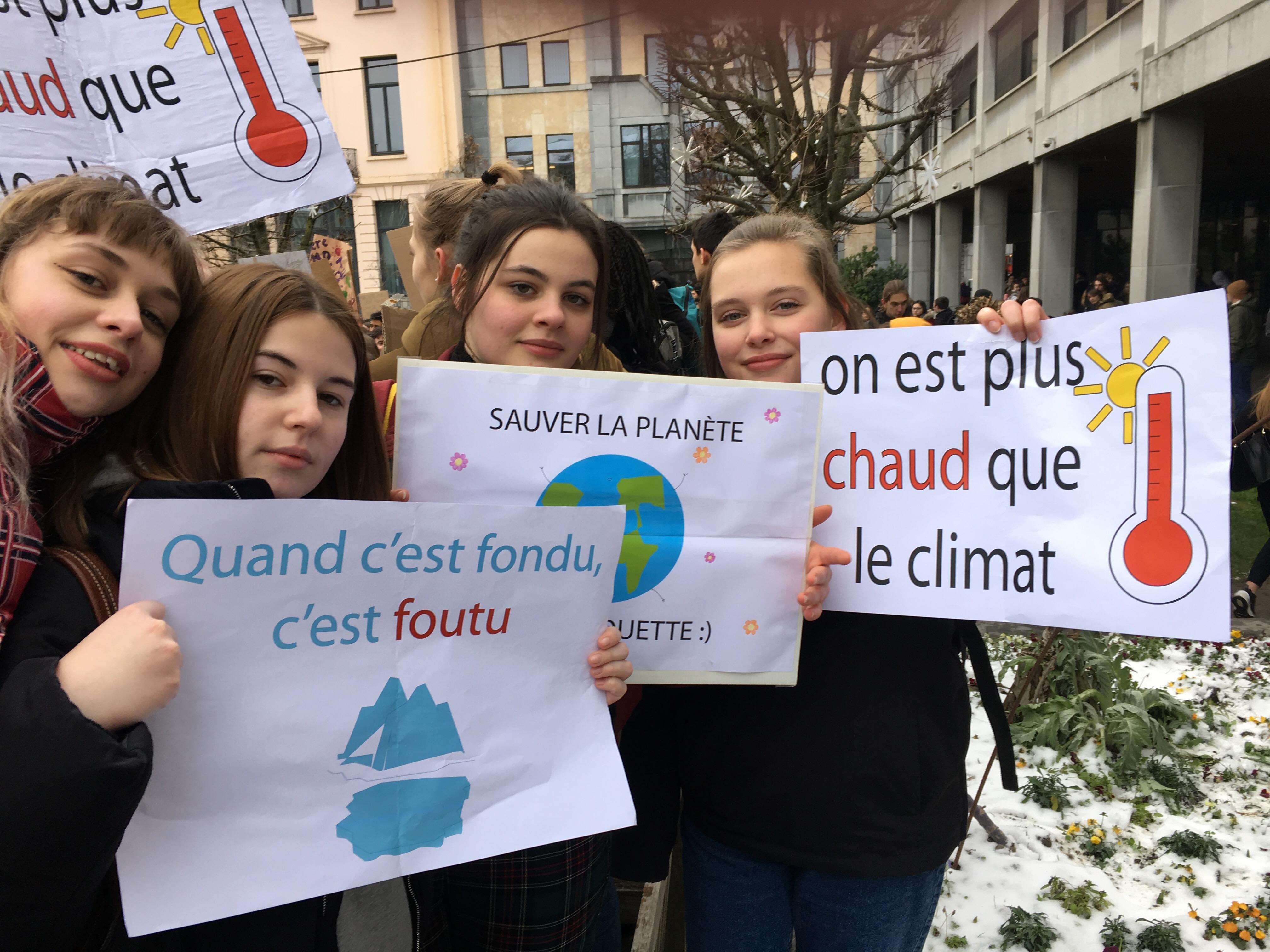 Manfestation pour le climat dans les rues de Namur