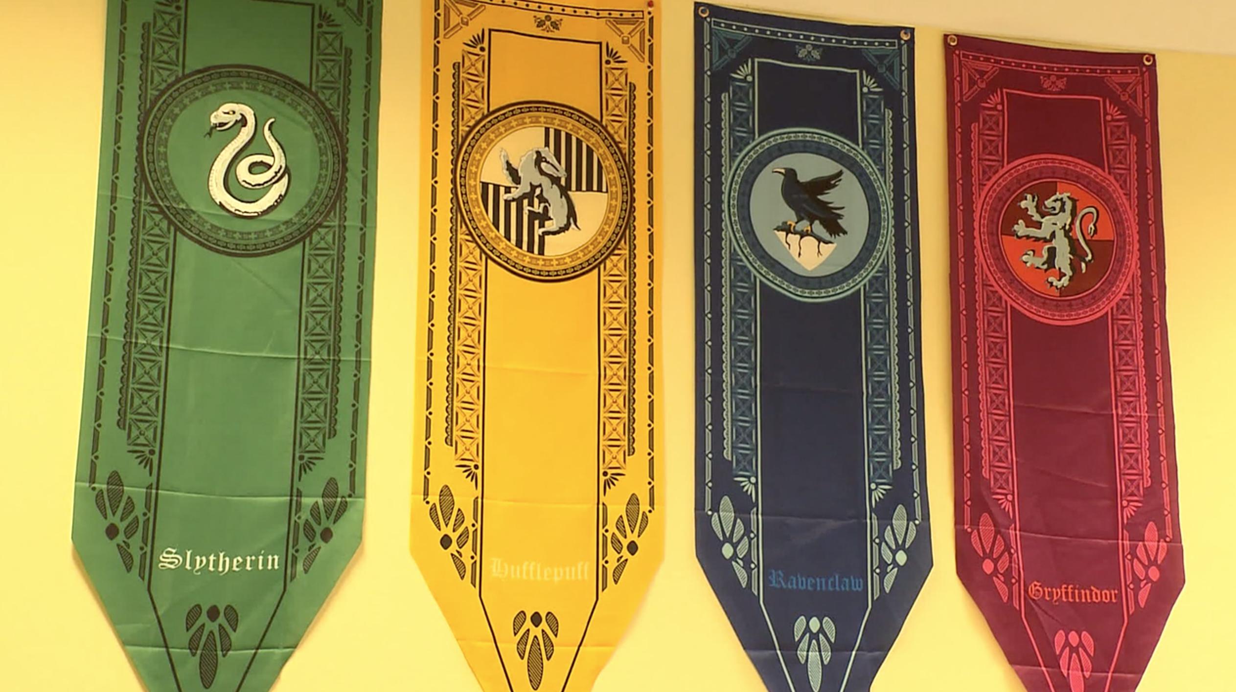 Poudlard drapeaux