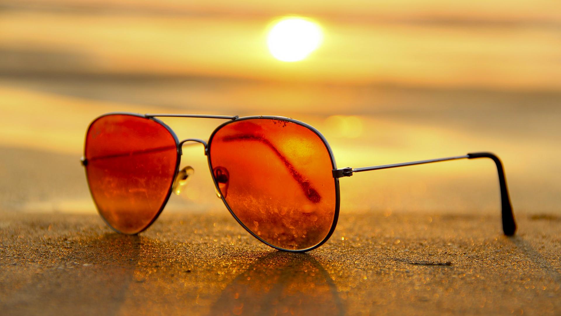 Lunette de soleil au soleil