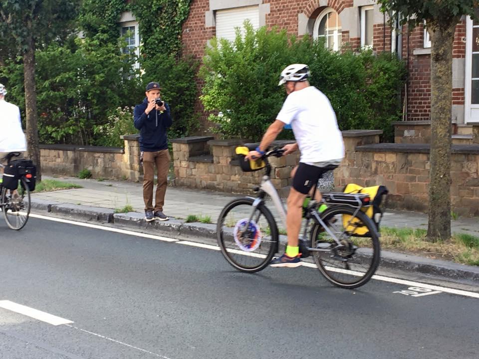 Un papy cycliste sur le départ